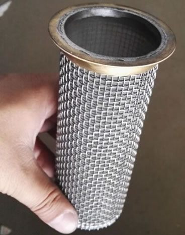Sintered mesh basket - plain weave for high flow fluid
