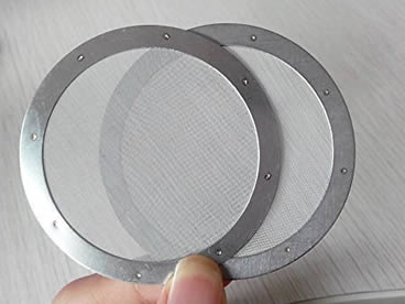 Two pieces of stainless steel coffee filter disc with stainless steel plate frame.